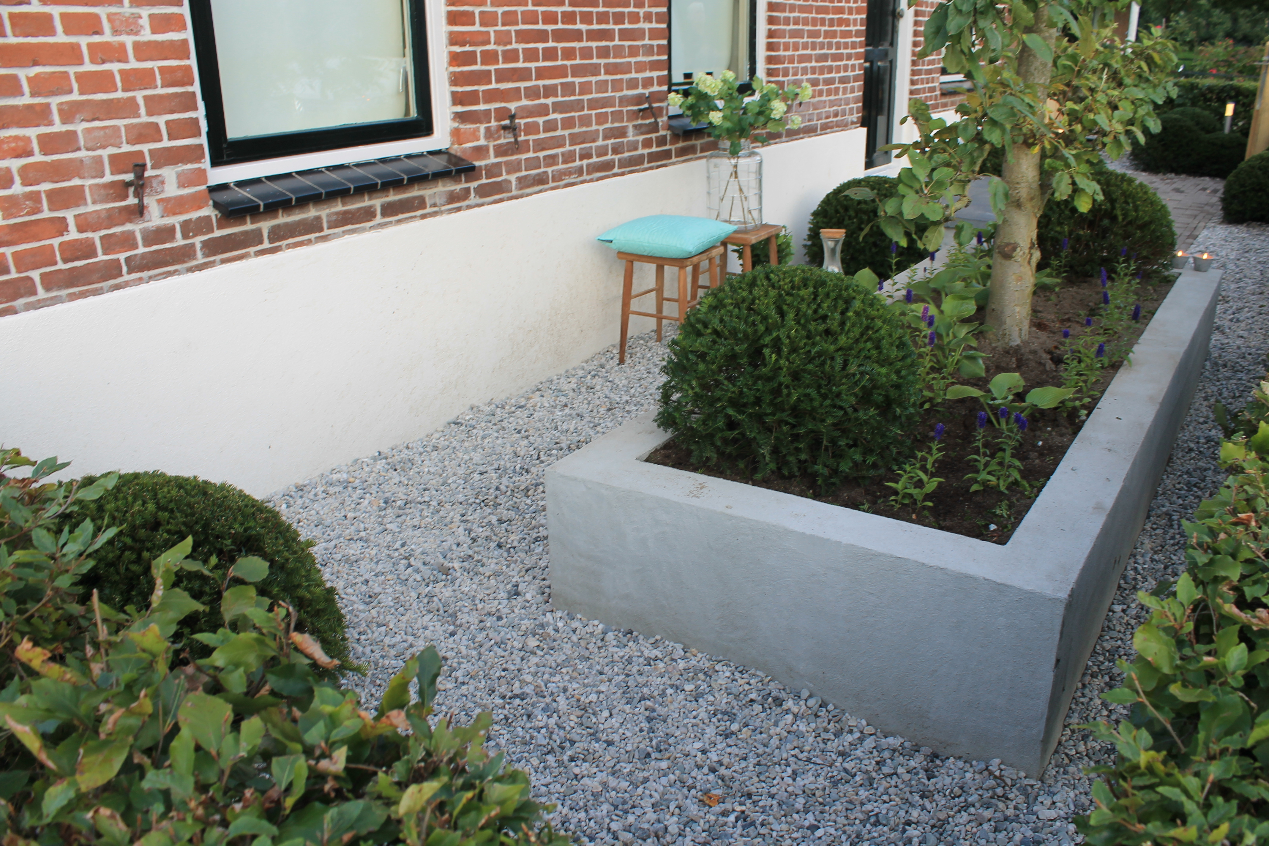 Beton Storten Tuin : Beton bakken tuin grind en betonnen bakken verwijderen uit tuin